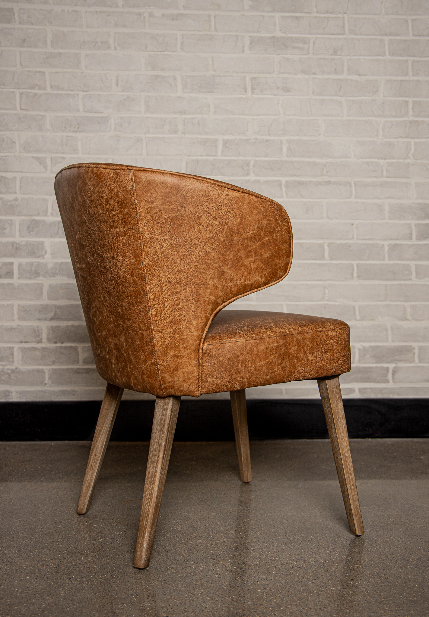 Curvy Leather Chair